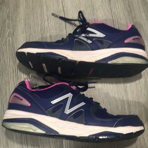 New Balance Performance/Motion Control Runners